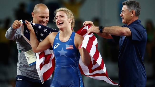 Maroulis edges legendary Yoshida for women's wrestling gold