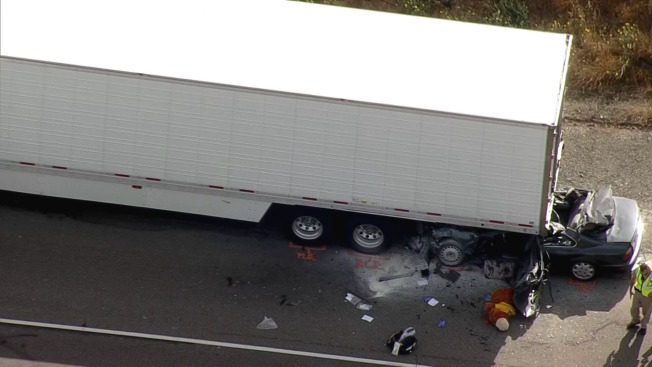 One Person Killed When Big Rig, Car Collide on I-680 in Fremont