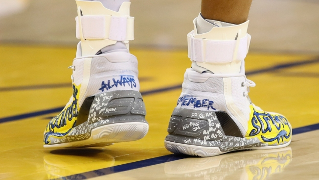 f268cafc3b5 Auction for Special Sneakers Worn By Warriors Star Stephen Curry to Honor  Deadly  Ghost Ship