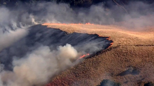 Warner Springs brush fire scorches 255 acres