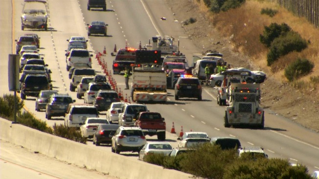Fatal Crash Blocks Lanes of Highway 101 in San Jose