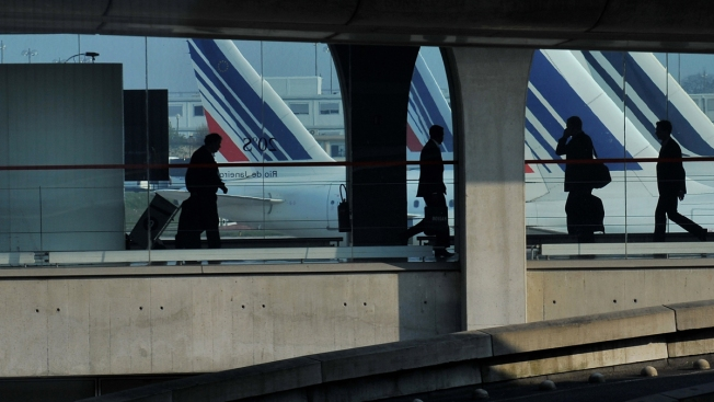 Police Seek Homeless Man Who Stumbled Upon $354K in Room at Paris Airport
