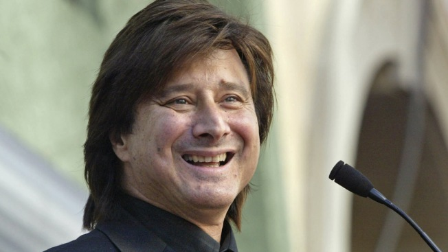 Might Journey's Steve Perry Appear on Stage with Eels in San Francisco?
