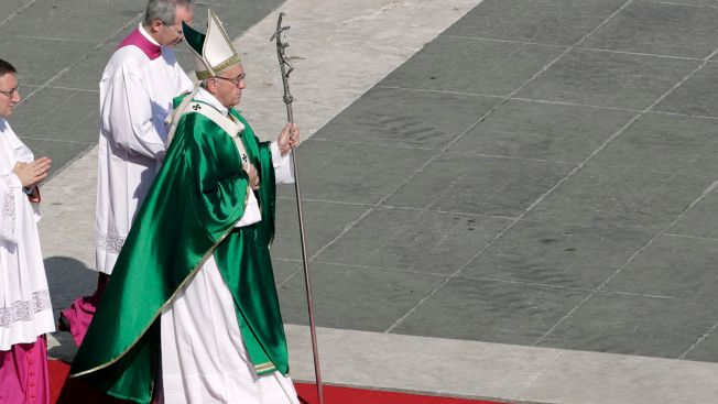 Pope Francis Names 17 Cardinals, 3 from USA