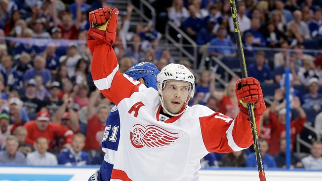 2015 NHL PLayoffs: Mrazek Passes Big Test, Red Wings Beat Lightning in Game 1