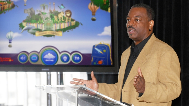 "LeVar Burton Launches Kickstarter Campaign to Bring ""Reading Rainbow"" to Schools"