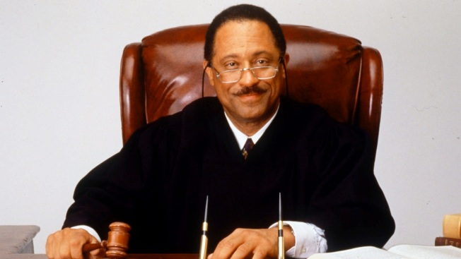 TV's Judge Joe Brown Gets Jail Time for Courtroom Outburst