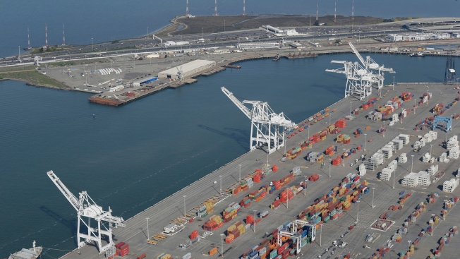 Judge Scraps Oakland's Ban on Coal Shipments Through Its Ports