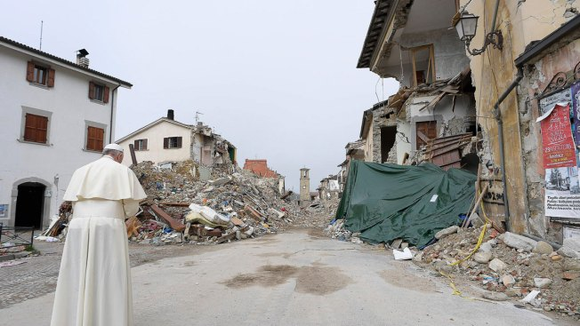 Pope Francis Makes Surprise Visit to Italy Quake Zone