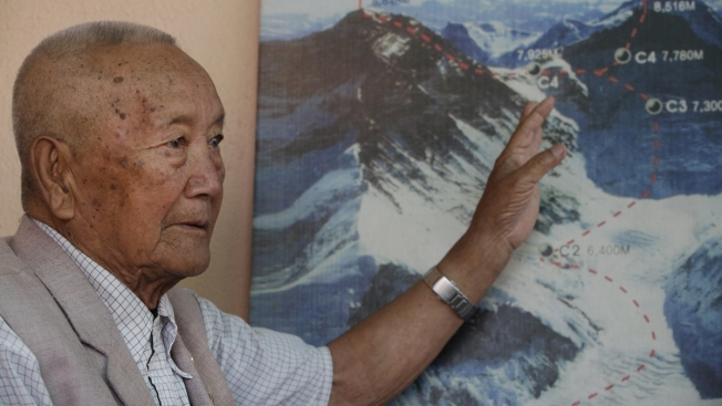 At 85, Nepali Aims to Regain Title of Oldest Everest Climber