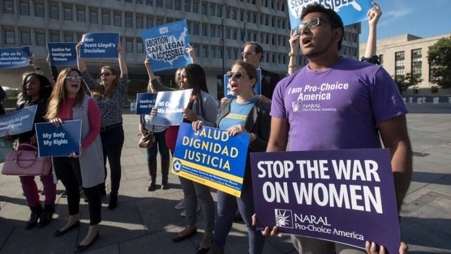 Court Blocks Immediate Abortion for Undocumented Teen