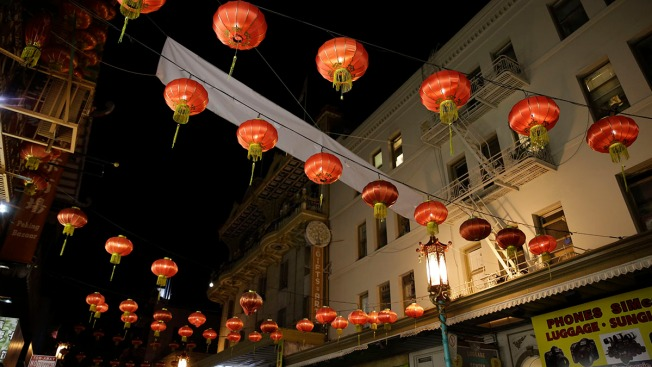 San Francisco's Chinatown: Night Scenes From Grant Avenue