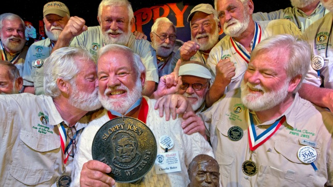 Man Wins Ernest Hemingway Look-Alike Contest in Key West