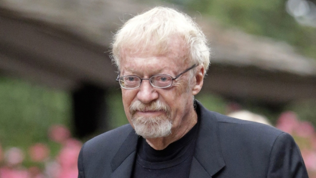 Nike Co-Founder Phil Knight Gives $400 Million to Stanford University