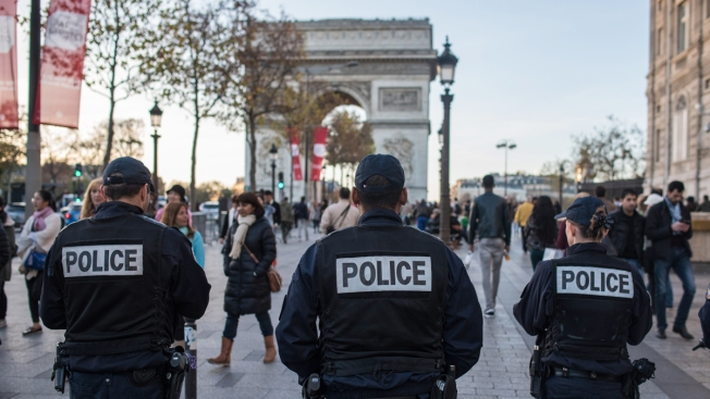 Four Arrested Near Paris Over Fears of Terror Attack
