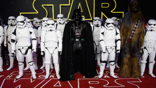'Star Wars: The Force Awakens' Becomes Fastest Movie to $1 Billion