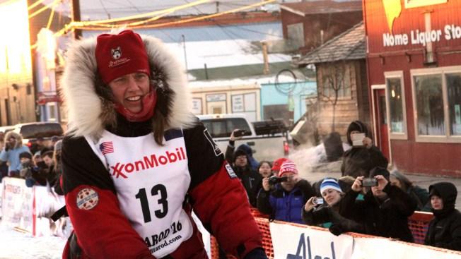 Iditarod Musher Recounts Terrifying Snowmobile Attack