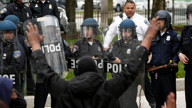 Can You Run From Police? U.S. Courts Apply a Double Standard