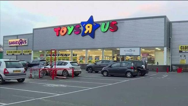 What Do You Use To Store Toys In : All the toys r us stores may be closing soon so you