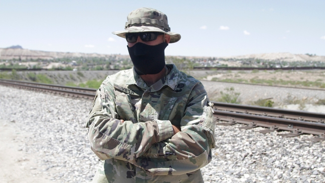 AP Explains: Militias Have Patrolled US Border for Decades