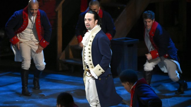 Clinton Campaign Offers Chance to See 'Hamilton' — at a Cost
