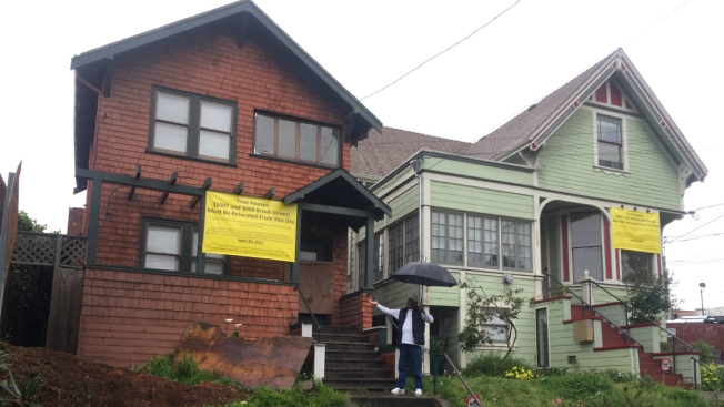Two Historic Oakland Houses for Sale for Only a Dollar Each to Make Way for Apartments