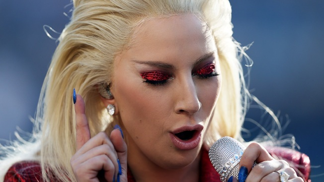Lady Gaga Delivers Stirring National Anthem to Open Super Bowl 50
