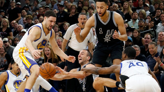 Warriors Improve to 72-9, Tie NBA Record for Most Regular Season Wins