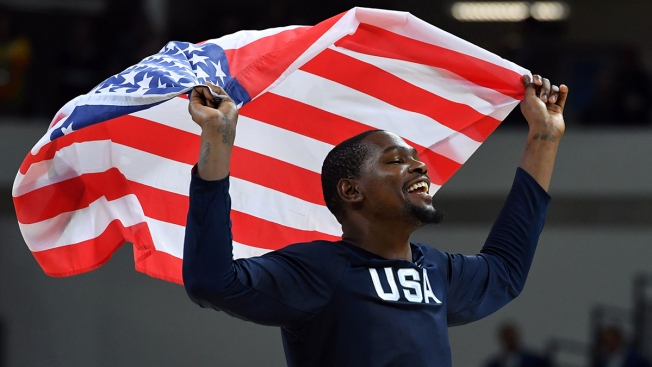 Durant Drops 30, Team USA Rolls to Gold Medal Victory