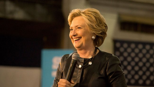 Clinton Maintains 50-Point Lead Among Latinos: Poll