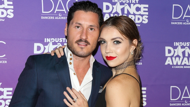 'Dancing With the Stars' Johnson, Val Chmerkovskiy Engaged