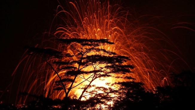 [NATL] PHOTOS: Hawaii Volcano Spews Ash in Eruption From Summit