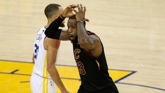 5ee33644f53 How JR Smith's Blunder at Warriors vs. Cavs Game 1 Became a Meme ...