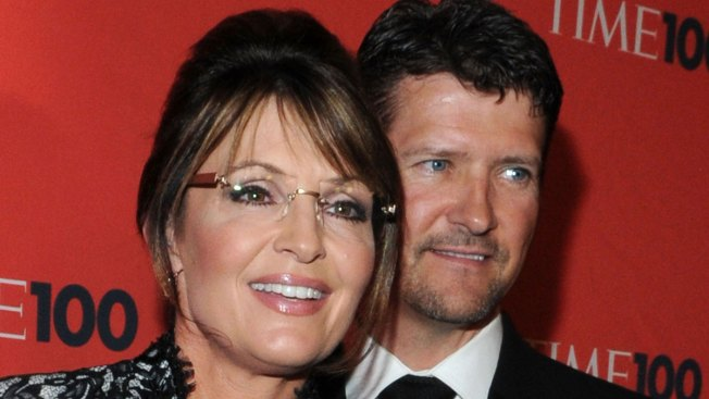 Palin Cancels Trump Event After Husband in 'Serious' Snow Machine Crash