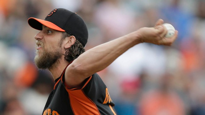 Giants' Madison Bumgarner Takes Loss in Padres 7-6 Win