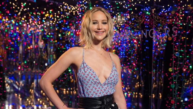 Jennifer Lawrence Opens up About Boyfriend Darren Aronofsky