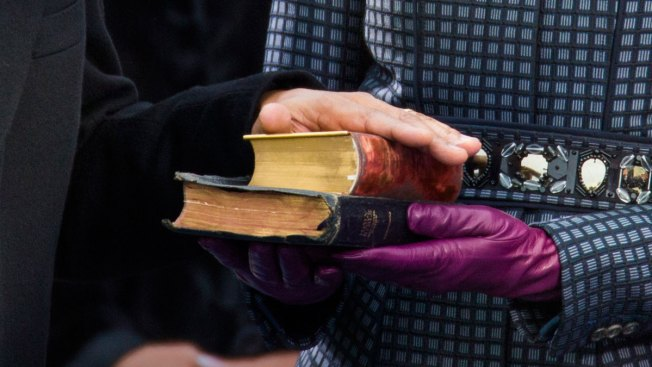 Martin Luther King's Bible, Nobel Prize Belong to Estate: Judge