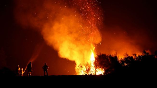 Mendocino Complex, Biggest Wildfire in California History, Fully Contained
