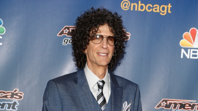 Howard Stern Announces Five-Year Deal With Sirius XM