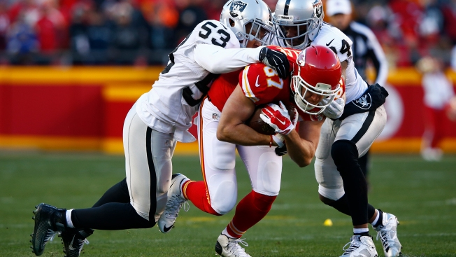 Chiefs Down Raiders in Woodson's Final Game