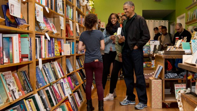 Obama Shops at Washington Bookstore, Popular Frozen Pop Shop