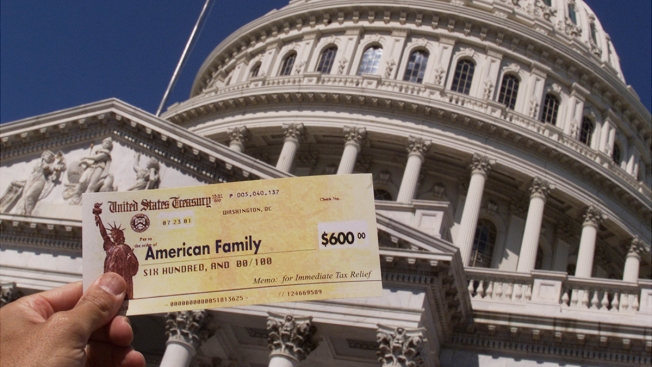 Single Mom Tries to Get Tax Refund Back After Government Takes It