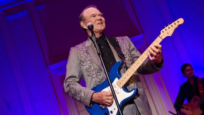 'Rhinestone Cowboy' Singer Laid to Rest in Arkansas