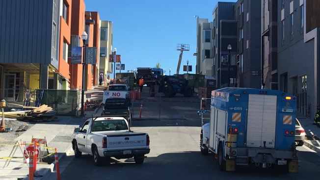 20 Evacuated After Natural Gas Main Ruptures in San Francisco