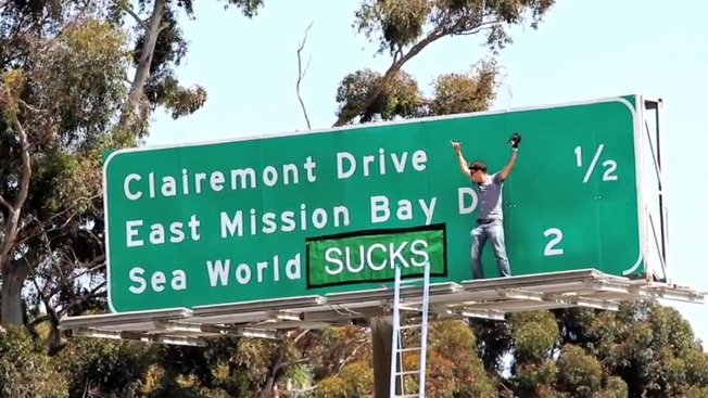 """Jackass"" Star Could Face Charges for SeaWorld Sign Stunt"