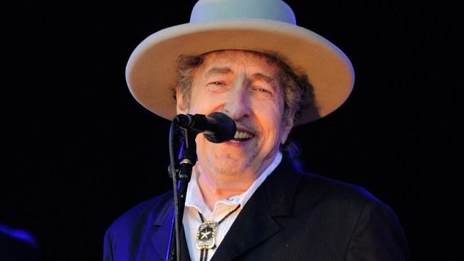 "Bob Dylan's Historic ""Roll"""