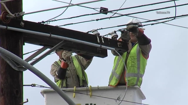 26,000 Customers Without Power in Blackhawk