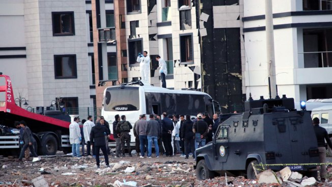 Bomb Kills Seven Police Officers in Diyarbakir, Turkey