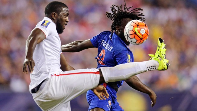U.S. Men's National Team Beats Haiti 1-0 in Gold Cup, Clinches Group Title