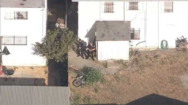 Oakland Police Arrests Armed Suspect Suspect on International Boulevard
